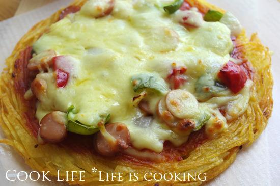 바삭바삭한 로스트 포테이토 피자