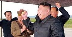"""● 이번 북한의 미국과의 대화 의지에 대해 매우 높은 신뢰를 두고 """"비핵화가 선대의 유훈""""이라는 김정은의 말을 진실로 믿는 사람들이 많다. 그러나 북한은 김일성의 유훈이라면서 2005년도 노무현 대통령 당시 정동영 특사에게도 그렇게 말한 적이 있다. 그러나 그 뒤 다음 해인 2006년 첫 번째 핵실험을 감행해서 지금에 이르고 있다. 북한은 언제나 변함없이 거짓과 속임수로 일관하는 자들이다. 그래도 그들을 믿겠다면 그들의 뜻일 뿐이지만 후회는 늘 씁쓸한 뒷맛을 남긴다는 사실을 기억해야 할 것이다."""