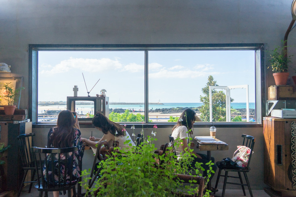 카페 한라산 세화해변 카페